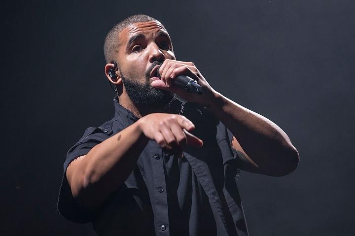 Best Rap Song: Drake (Hotline Bling)