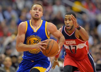 The Golden State Warriors play the Washington Wizards