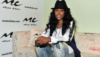 R&B Artist Tweet Visits Music Choice