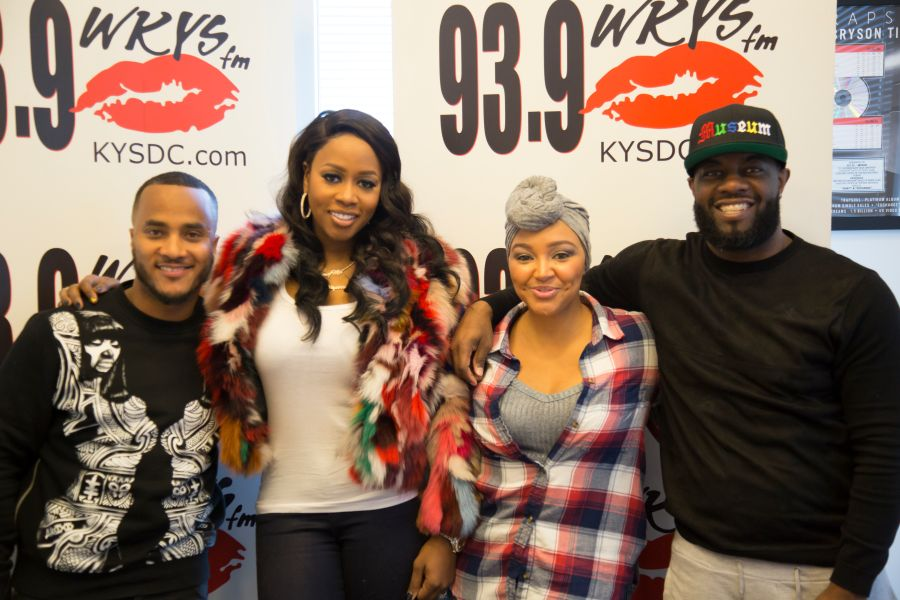 Remy ma wakes up with the fam in the morning 939 wkys the famremy ma meet greet m4hsunfo
