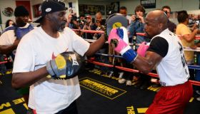 Floyd Mayweather Jr. Media Workout